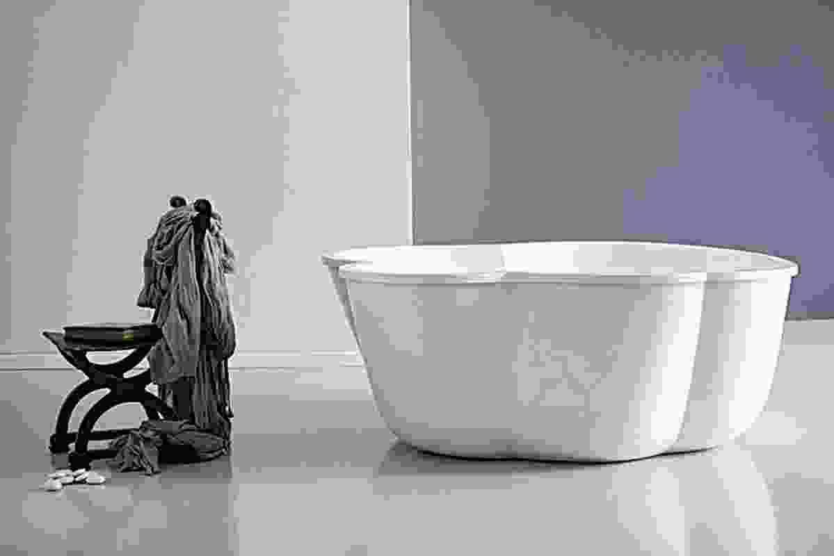 Aqva Cinque bath.