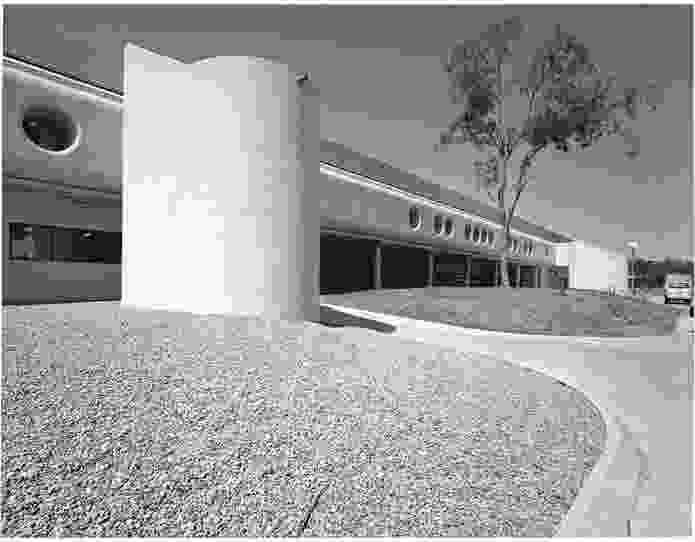 Mount Druitt Hospital, NSW (1982).