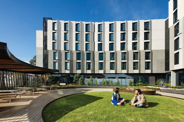 The L-shaped Holman and Campbell Halls by Hayball and Richard Middleton Architects each frame a circular landscaped area.