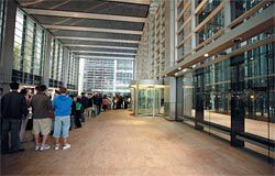 """Queues to get into Deutsche Bank Place, one of the most popular """"open"""" buildings.Image: Jody Pachniuk"""
