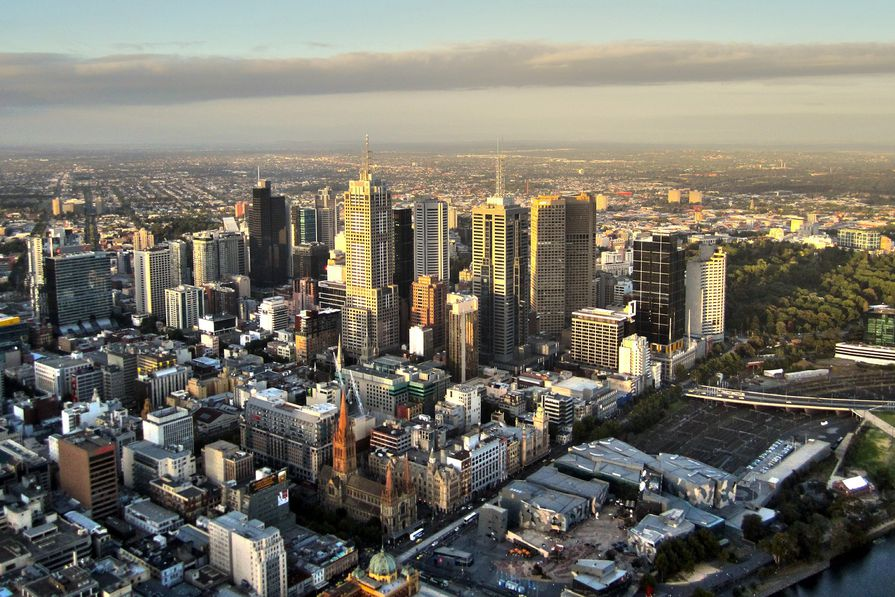 An RMIT University report has put forward a vision for Melbourne in 2051 that would allow established areas to absorb new dwellings as the population swells to 8 million.