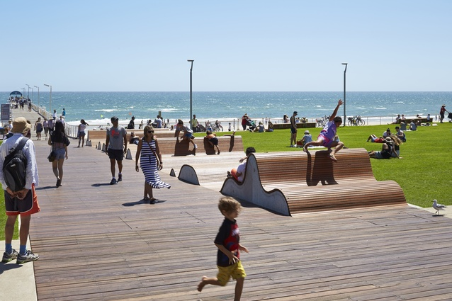 Henley Square by City of Charles Sturt and TCL / Troppo.