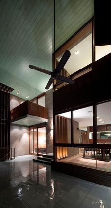 Verandah House – Design King Company.