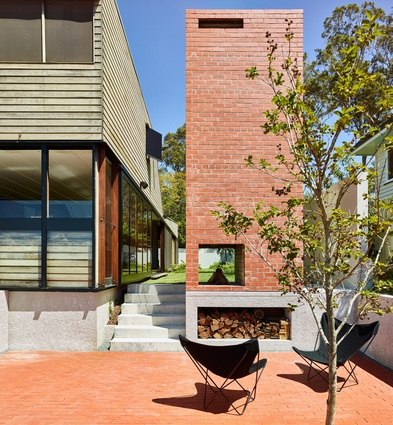 Farrell Street House by James Russell Architect.
