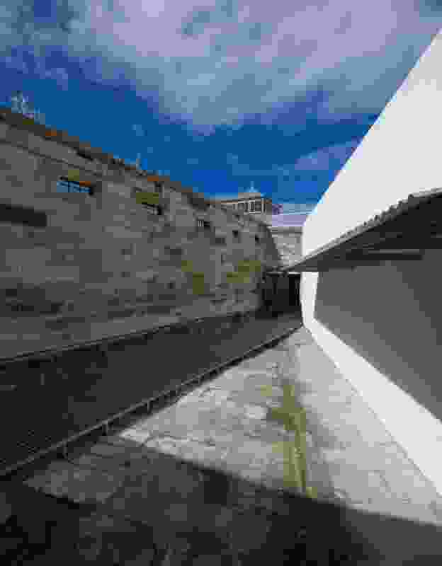 Walkway along the perimeter wall.