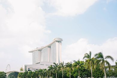 Marina Bay Sands by Safdie Architects.