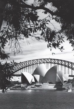 Sydney Opera House by Jørn Utzon/Ove Arup and Partners. Photograph Max Dupain,