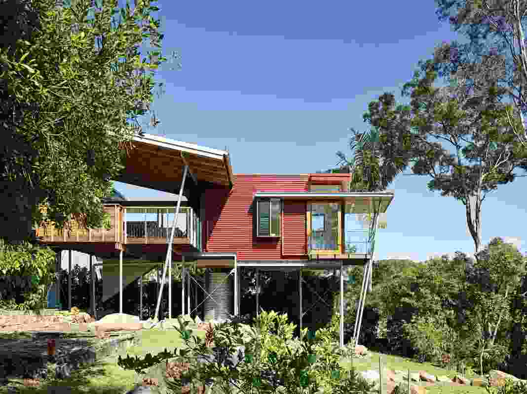 The Red Soil House (2014) honours Indigenous religious beliefs about the Glass House Mountains and the Maroochy River plains.