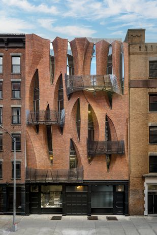 An audacious architectural proposition: Unhistoric Townhouse