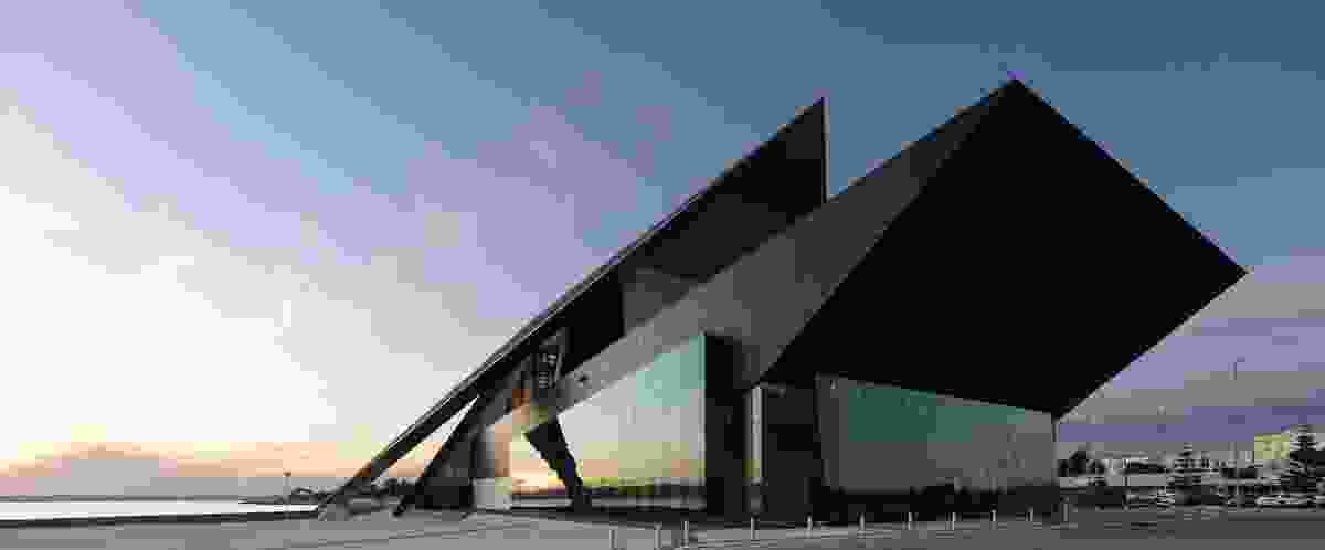 Albany Entertainment Centre by Cox Howlett & Bailey Woodland in association with Roberts Gardiner.