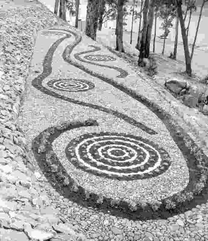 Making Landscape Architecture in Australia by Andrew Saniga: The Parterre Garden at Serpentine Dam by John Oldham, c. 1961.