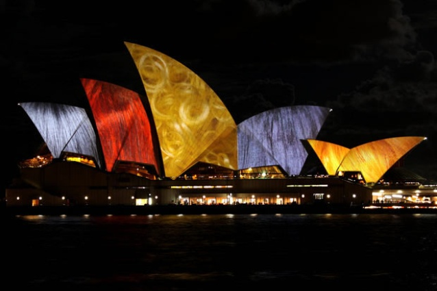 Laurie Anderson's textural vision for <em>Lighting the Sails</em> from Vivid Sydney 2010.