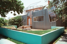 The activist potential of the architect's own home