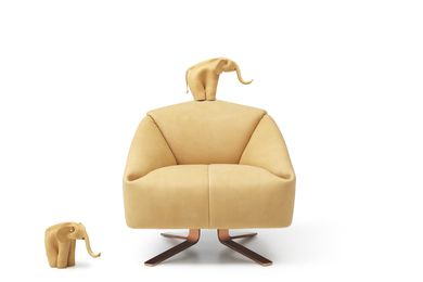 Recently created for de Sede, the DS-373 sofa was inspired by a small, leather elephant that Alfredo found at a flea market.