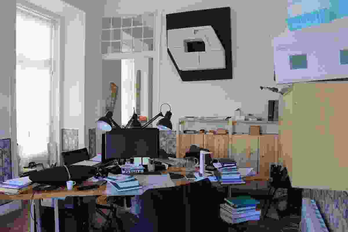 The studio of Embaixada.