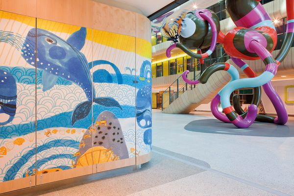 Themes representing nature are displayed in graphics throughout the Royal Children's Hospital.