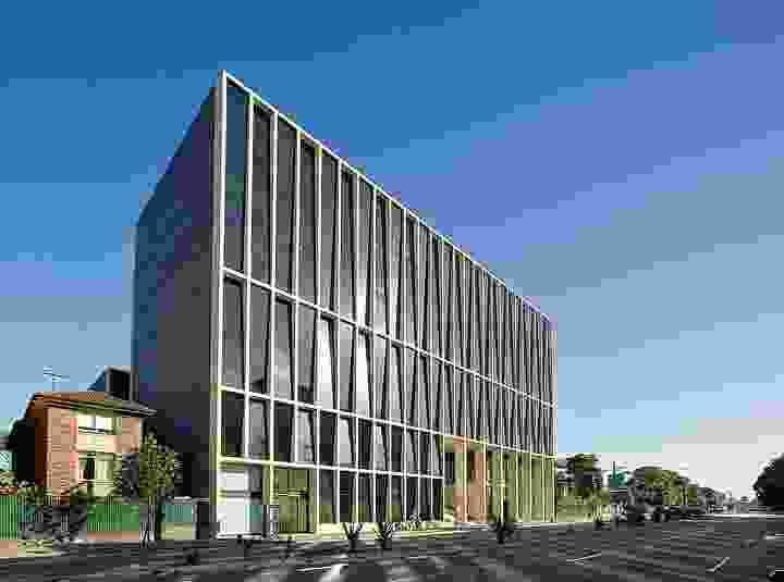 Casting: L5 Building, University of NSW, Kensington, New South Wales (2005) – 2007 RIBA International Award.