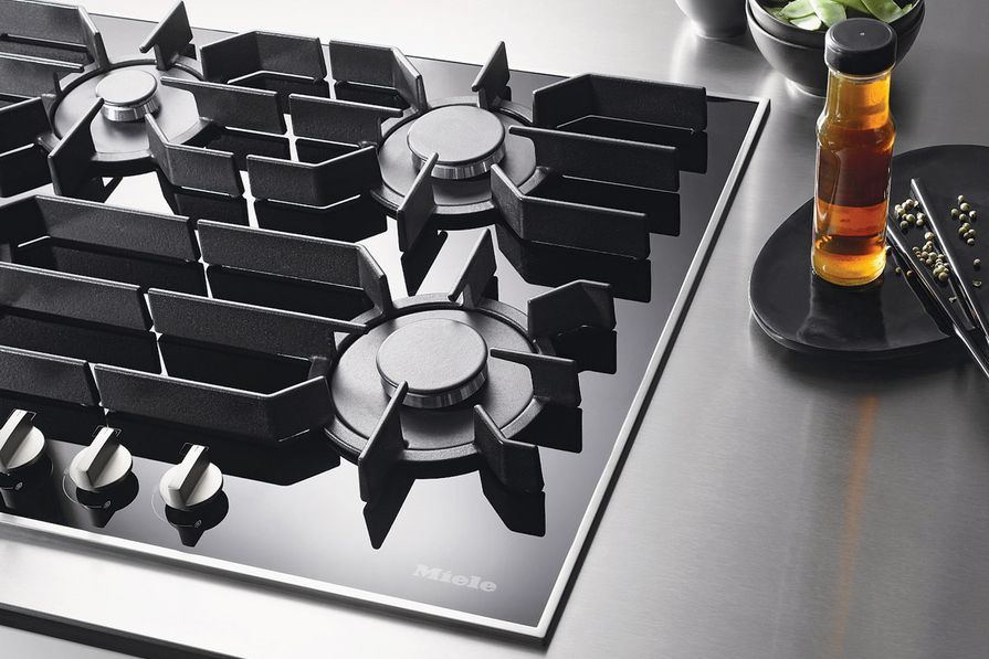 Gas on Glass cooktop.