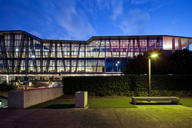 BCEC on Grey Street by Cox Rayner Architects.