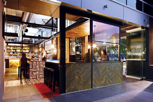 Configurable glass partitions allow patrons to enjoy Yarra views.