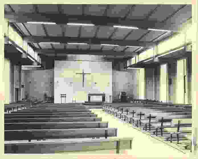 The stark interior was a deliberate attempt to avoid the idea of the church as a monument, instead positioning it as a meeting place for the congregation.