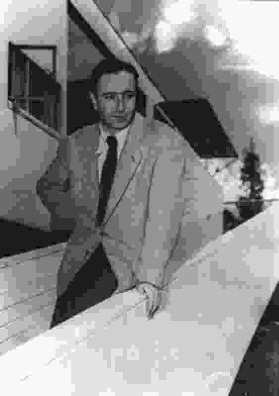 Harry Seidler on the ramp of the Rose Seidler House after winning the 1951 Sulman Award (1952).