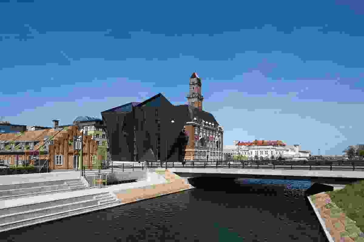 The World Maritime University stands at the boundary of the old urban centre and the harbour in Malmö, Sweden.