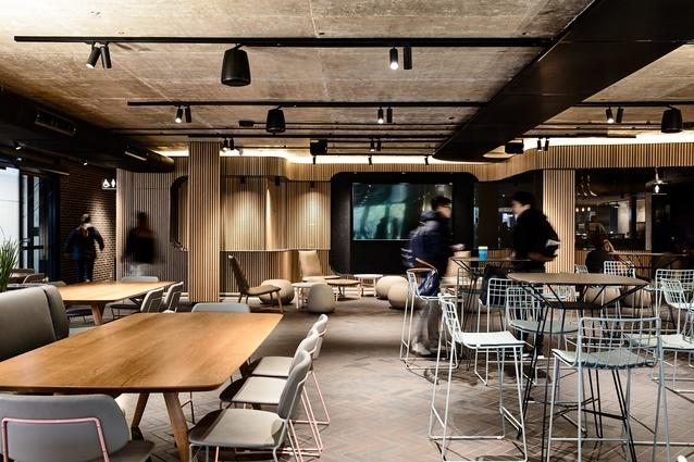 XO Dining by Kosloff Architecture.