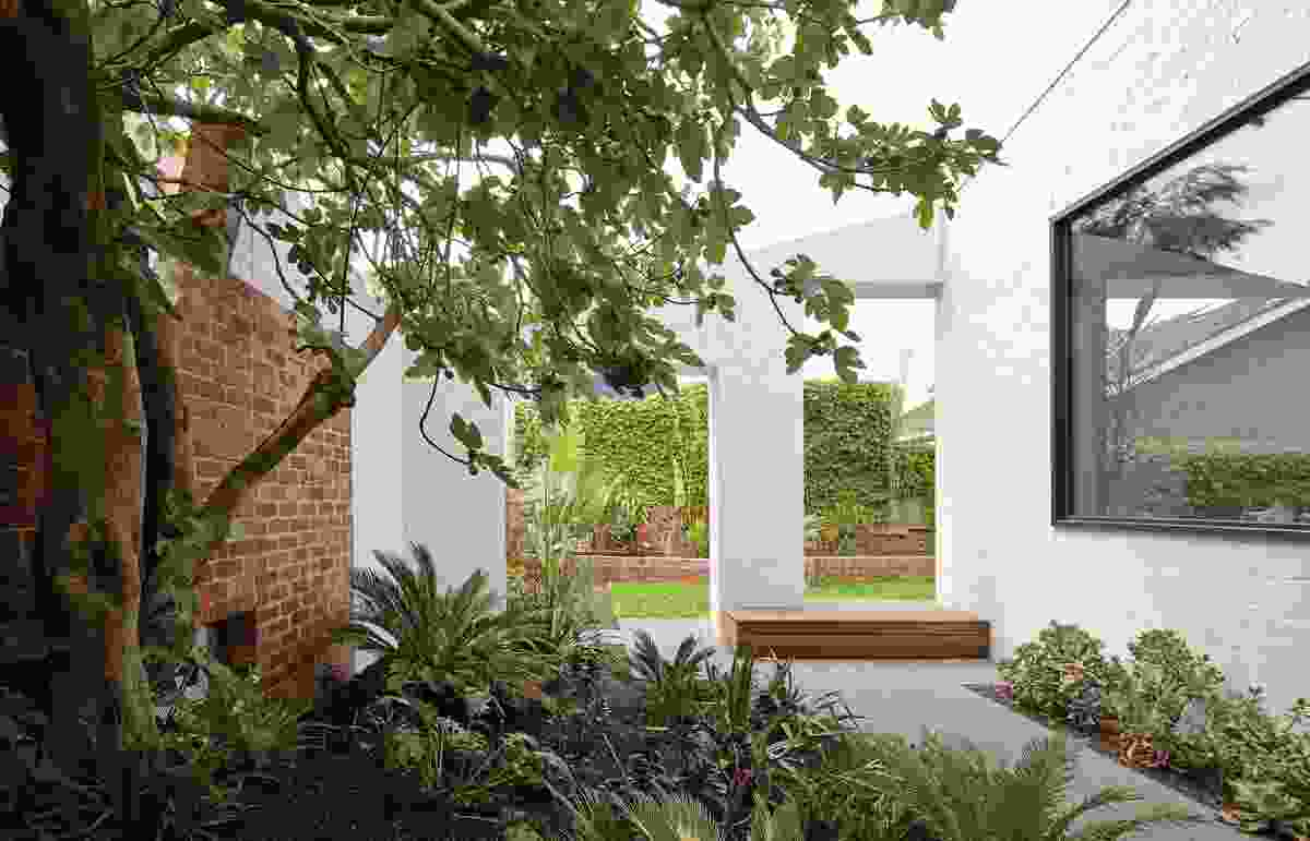 Myrtle Tree House (Vic) by Make Architecture.