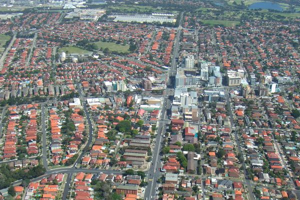 High density is often concentrated along main roads and local centres, preserving the majority of high-amenity land for low-density individual houses. Many opportunities exist for higher-density housing across the middle ring of suburbia.