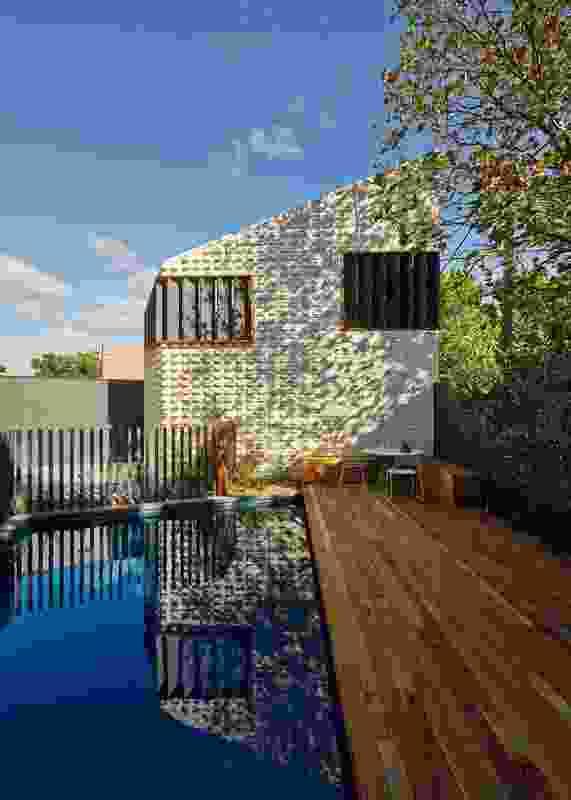 Little Brick Studio by MAKE architecture.