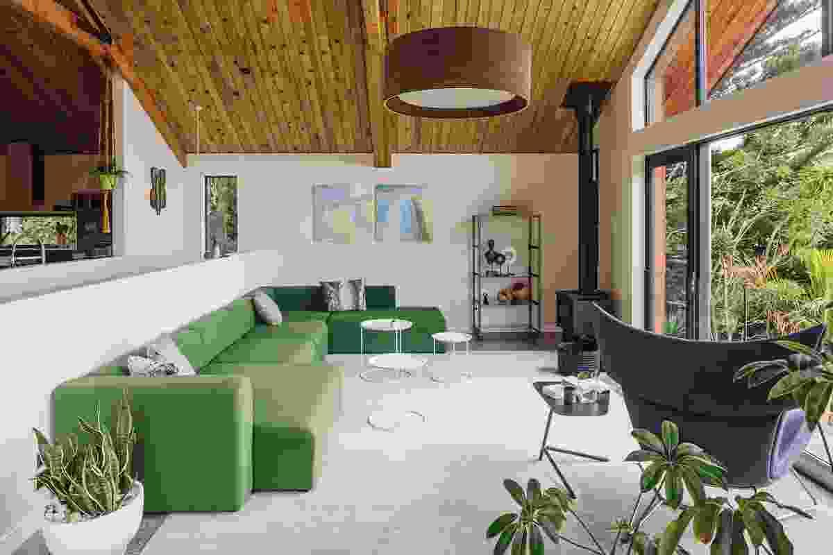 Motutara by TOA Architects.