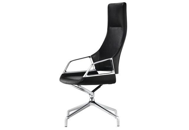 The Wilkahn Graph chair.