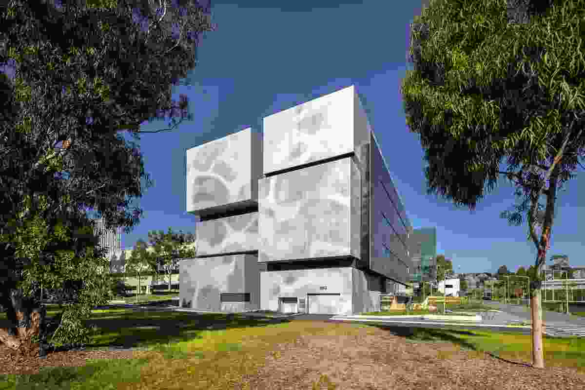 Biomedical Learning and Teaching Building by Denton Corker Marshall.