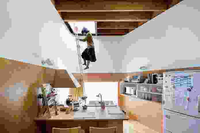 Akishima House (2004) by Taira Nishizawa Architects.