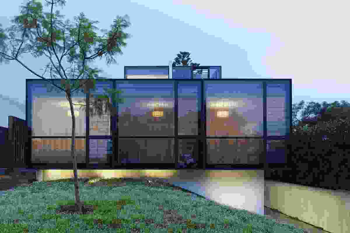 New House over 200m² – Good House by Crone Partners.
