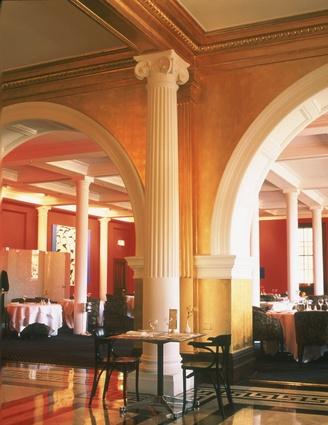 Treasury restaurant by Marsh Freedman Associates, 1992.