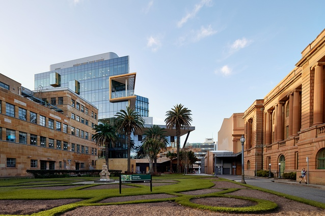 NeW Space by Lyons Architecture and EJE Architecture is the University of Newcastle's new city campus.