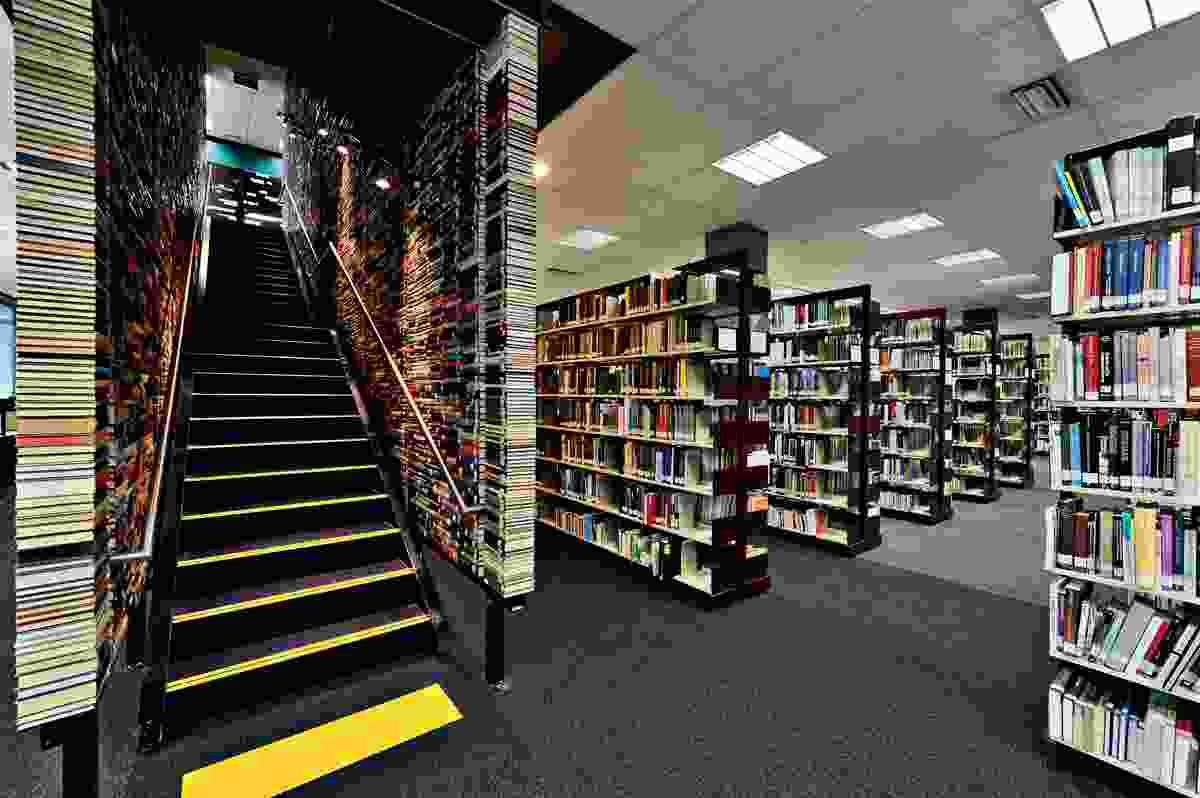 Deakin Waurn Ponds Library by Six Degrees Architects.