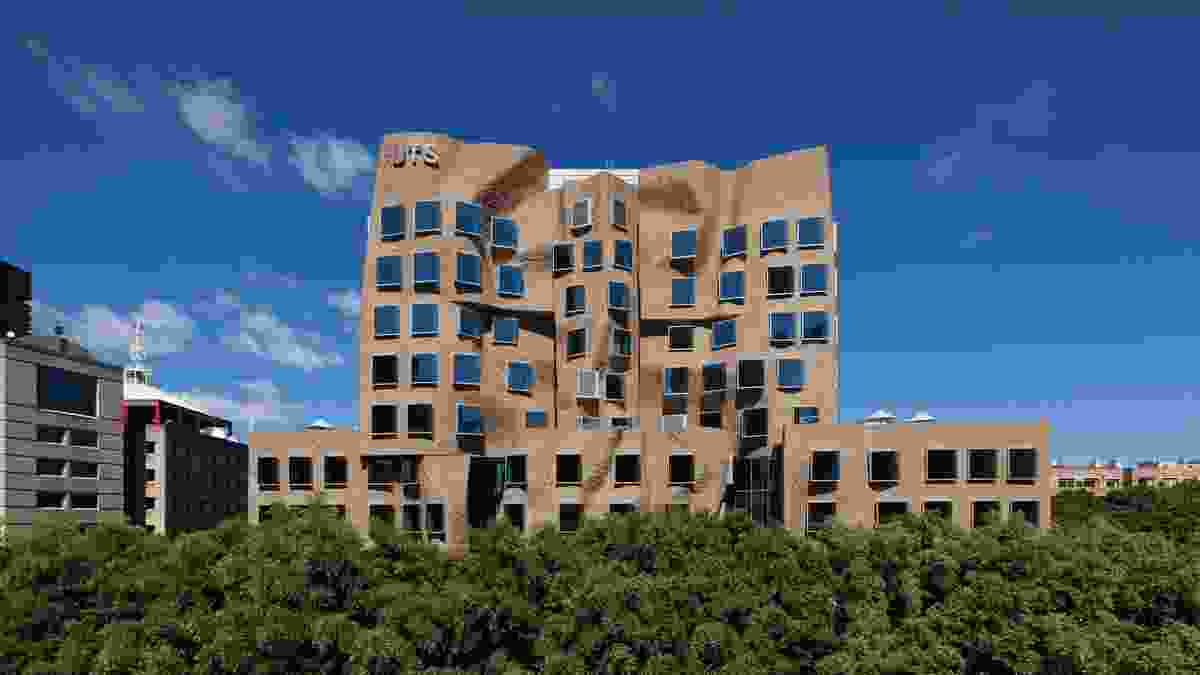 Dr Chau Chak Wing Building by Gehry Partners (design architect) with DJRD (executive architect).