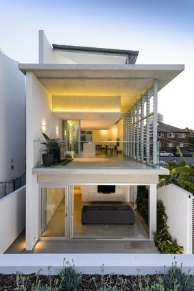 Cronulla House by Reg Lark Architect.