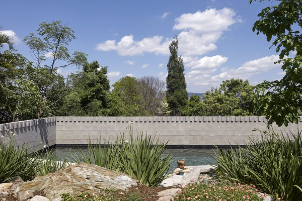 Whynot St Pool and Carport by Kieron Gait Architects and Dan Young Landscape Architect.