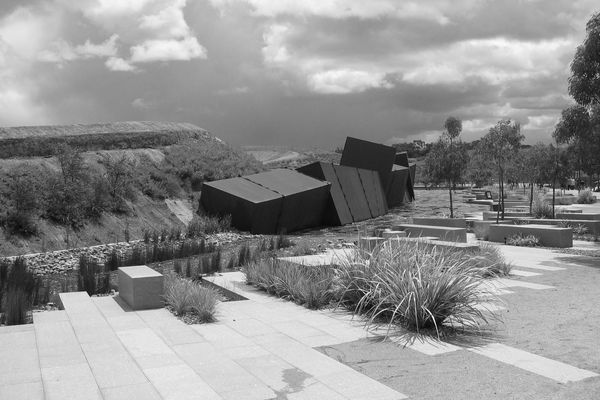 Making Landscape Architecture in Australia by Andrew Saniga: Escarpment Wall by Greg Clark.