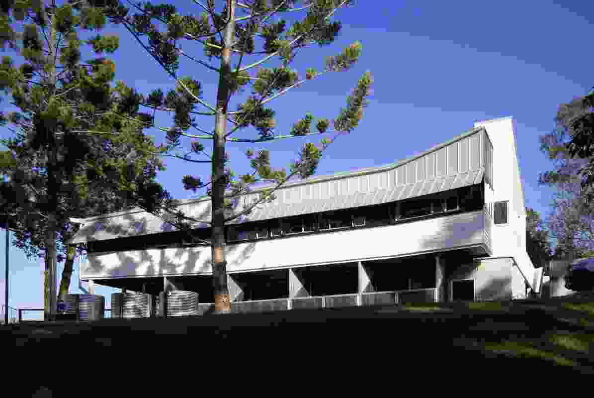 UQ Dayboro Vet (Qld) by Owen and Vokes and Peters.