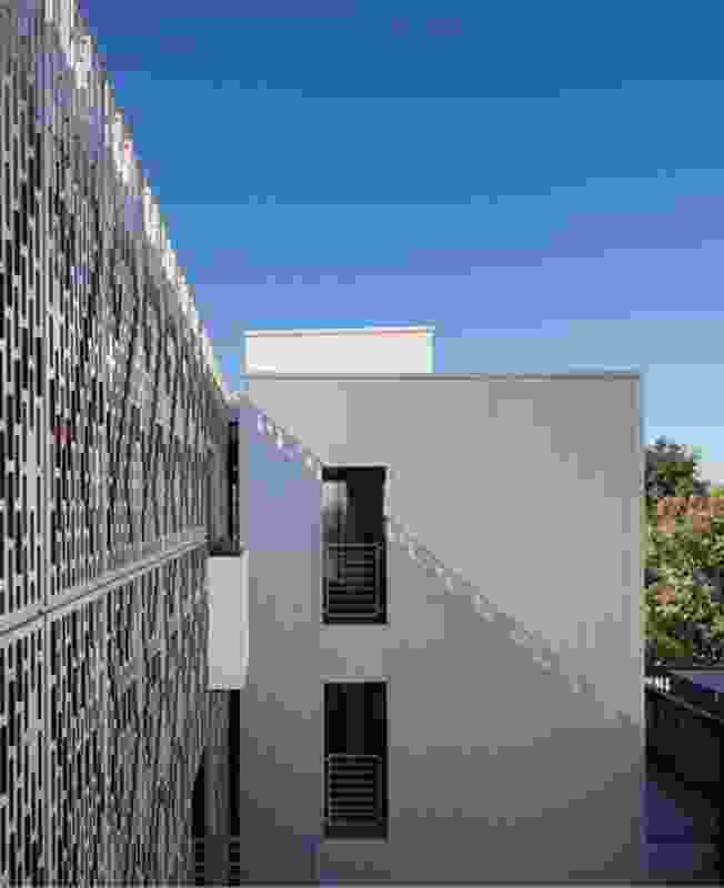 28th Street Apartments (2012).