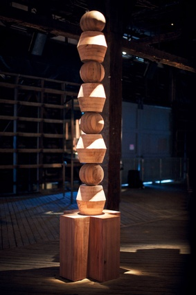 Totems placed in a circle were scented according to the tasting notes of the wine varieties. this one is based on regional wines.