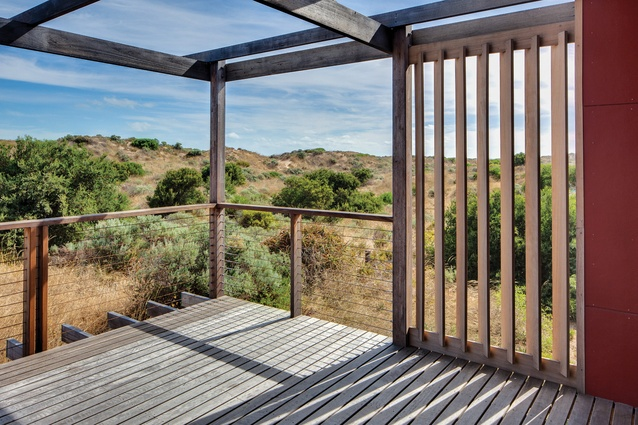 The design of Goolwa Beach House responds to its coastal environment. Photograph: Peter Barnes.