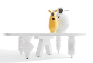 Vases and table from the Showtime series by Jaime Hayon.