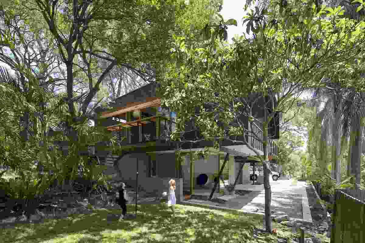 Ozone House by Matt Elkan Architect.