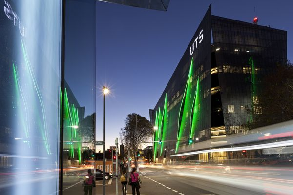The new UTS Faculty of Engineering and IT (FEIT) by Denton Corker Marshall on Broadway, Sydney.
